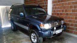 Vendo pajero mitsubishi ano 95 a diesel