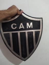 Escudo de alumínio do Atlético