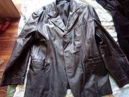 Barbada Três casacos bom para o inverno, Veludo, Couro e lã Batida.