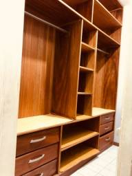 Título do anúncio: Armário Closet em madeira de lei