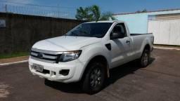 Vendo Ford ranger xls 3.2 20v 4x4 cs diesel - 2013