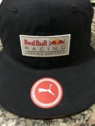 Vendo boné Red Bull Original!
