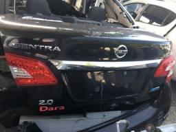 Nissan Sentra SV ano 2015 sucata somente peças