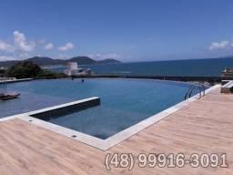 Apartamento maravilhoso com piscina e vista paradisíaca, garagem. 50m do mar (Ref.01)