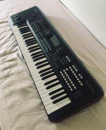Teclado Yamaha Moxf 6 Sintetizador Workstation