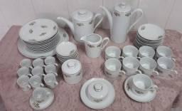 Jogo de café e chá em porcelana REAL