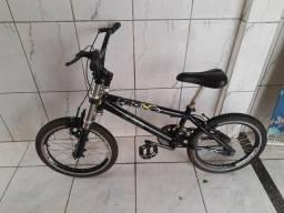 Bicicleta aro 20 em alumínio