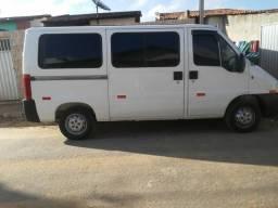Vendo ou troco em micro ônibus - 2007