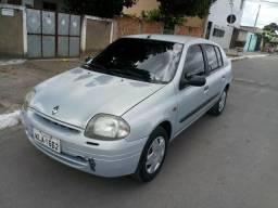 Clio sedan 1.0 16v - 2003