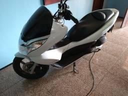MOTO HONDA PCX 150 ANO 2015 R$ 8.900,00