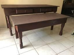 Conjunto de mesas com Pernas de madeira e tampo em MDF resistente