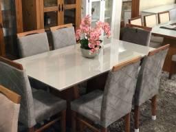 Mesa DIADORA completa lindas e resistente cadeiras de madeira maciça