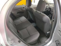 Toyota etios 2013 completo (86)9- *