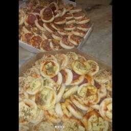 Mini pizza, mini hot dog,CREME DE GALINHA
