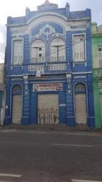 Título do anúncio: Primeiro Andar do prédio 172, mede 300m Rua. Maciel Pinheiro centro Varadouro