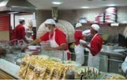 4 BALCONISTAS/Atendentes e PIZZAIOLO/cozinheiro