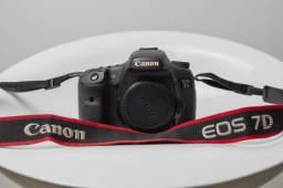 Canon 7D bem nova