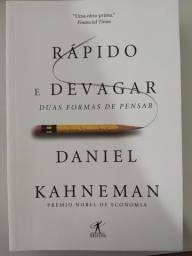 Rápido e devagar: Duas formas de pensar - Daniel Kahneman