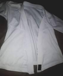 Kimono novo M 9/10 anos