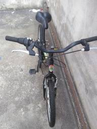 Vendo Bicicleta Caloi (Monster Higth) infantil de 7 marchas