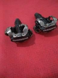 Vendo pedal Shimano MT 520