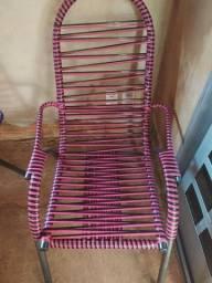 Vendo cadeira de fio Semi-nova (130.00 CADA). Dourados-MS