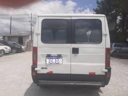 Ultilitario jamper minibus