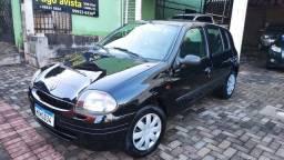 Clio 2002 novinho