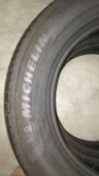 Título do anúncio: *Pneu Michelin 215/60r16