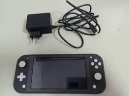 Nintendo Switch Lite + Jogo