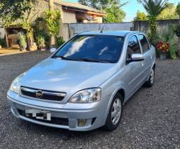Carro Corsa Sedan Premium