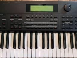 Teclado Sintetizador Roland XP-80