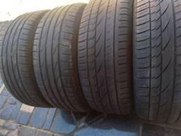 Título do anúncio: Torro jogo de pneus 235 55 17 pneus filé bom de borracha aceito Pix