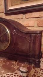 Título do anúncio: Relógio carrinhao