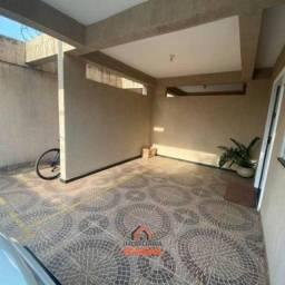 Casa para venda possui 100 metros quadrados com 3 quartos