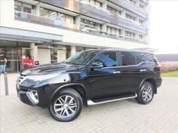 Toyota Hilux Sw4 2.8 Srx 4x4 7 Lugares 16v Turbo i