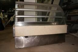 Balcão Expositor Refrigerado ( Doces e Tortas )