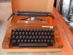 Vendo maquina de escrever portatil