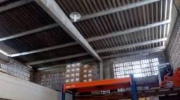 Galpão 215 m2 pe direito duplo incluso IPTu e Condominio , em condominio Fechado