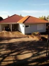 Velleda oferece casa 240m², sítio 5 minutos centro Viamão