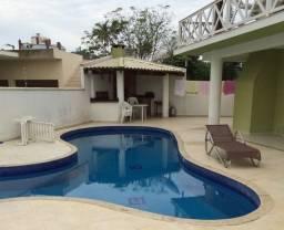 Casa com piscina com 4 suites proximoa praia