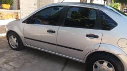 Carro Fiesta Sedan 2006/2007 1.0