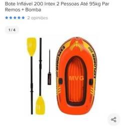 Bote com remo para duas pessoas