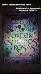 Livro corte de espinhos e rosas