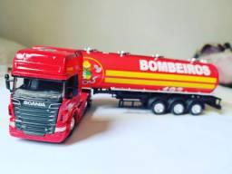 MINIATURA caminhão Scania bombeiros escala 1/64