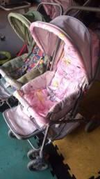 2 lindos carrinhos de bebê conservados