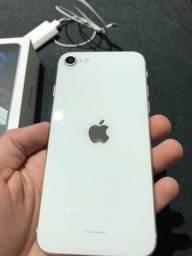 Título do anúncio: iPhone SE 2020 novíssimo