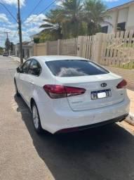 Kia Cerato 2018 1.6 FLEX