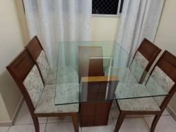 Título do anúncio: Mesa madeira maciça com 4 cadeiras
