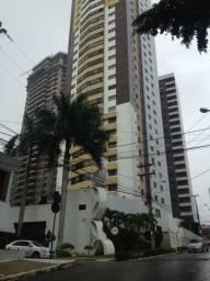 Vendo apartamento em Miramar, quatro suites, quatro vagas de garagem